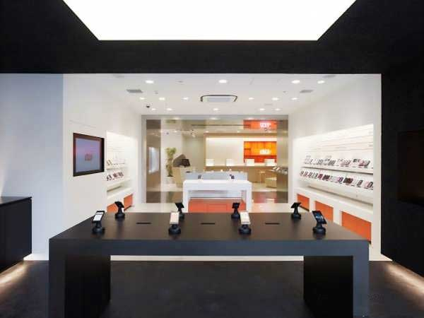 Mobile Store Decoration 3 دکور مغازه موبایل فروشی چگونه باشد؟
