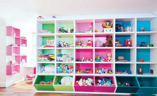 baby room toy1 قفسه اسباب بازی اتاق کودک تان را جدی بگیرید!